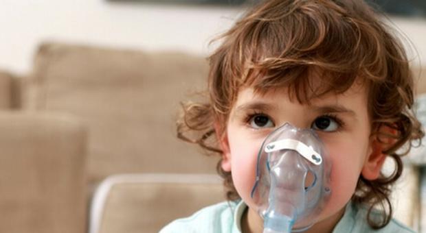 Aerosol inutile per i bambini con il raffreddore: «In alcuni casi può essere anche dannoso»