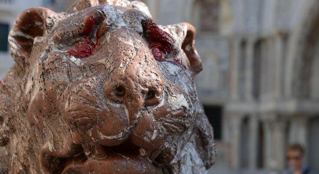 Il leoncino del 1700 deturpato