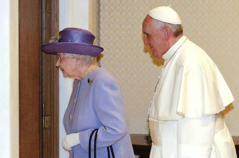 L Incontro Fra Papa Francesco E La Regina Elisabetta