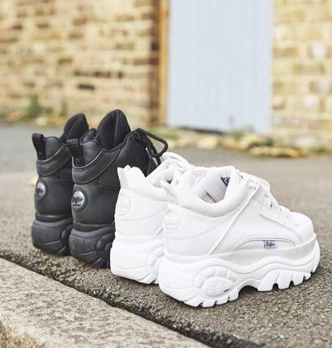 hot sales 967a0 6f202 Dagli anni '90 con furore: tornano le scarpe Buffalo (amate ...