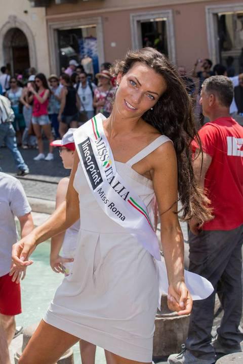 newest collection ad5ac 38f02 Ecco Miss Roma: è Claudia Guidi (Rizzo/Toiati)