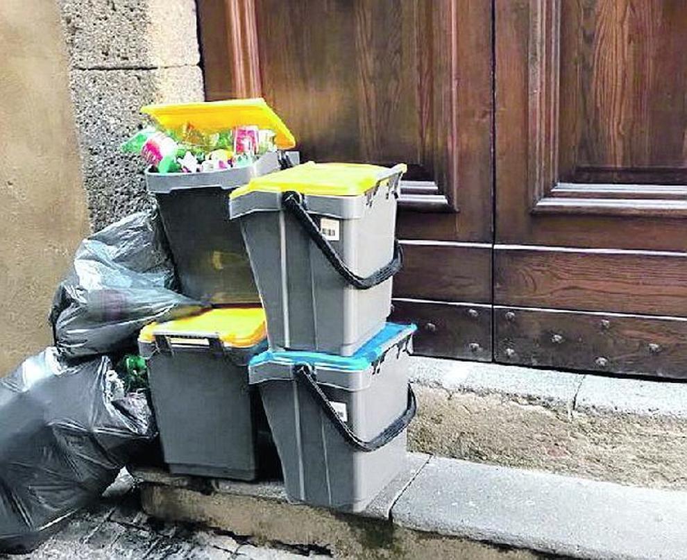 Orvieto, cambia l'orario della raccolta rifiuti lasciati in strada