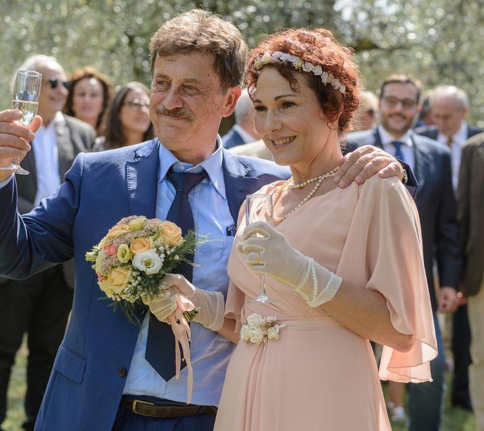Matrimonio Pasquale Romano : Anni di matrimonio pasquale lucia youtube