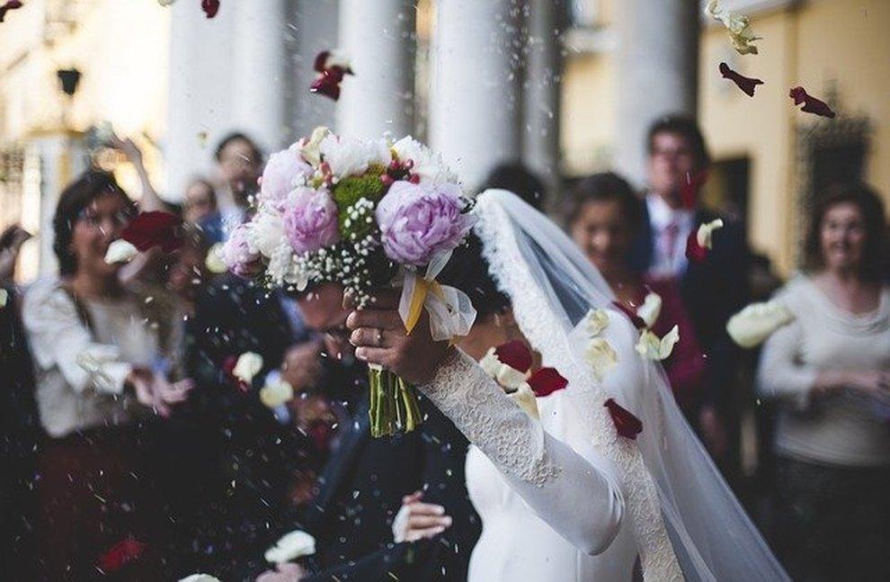Frasi 2 Matrimonio.Coronavirus Rinviati Il 90 Dei Matrimoni Ci Si Sposera D