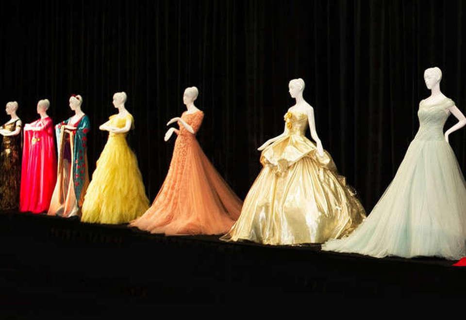 d77fccb3d9e1 Le principesse Disney vestono Haute Couture