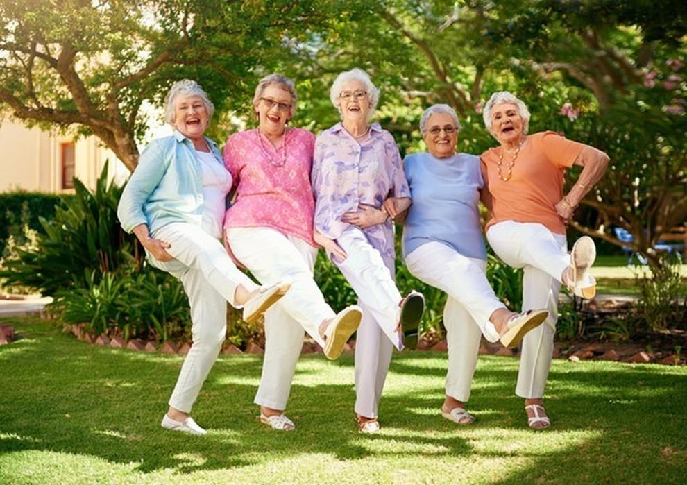 Rivoluzione età, si diventa anziani a 75 anni. «Un 65enne oggi come un  40enne nel 1990»