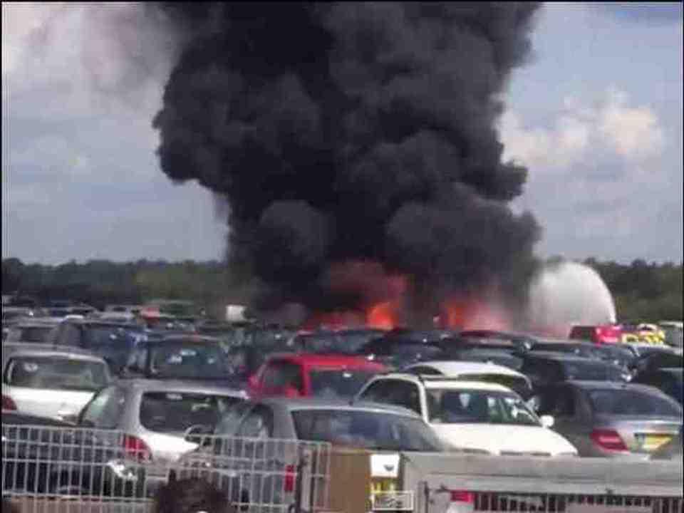 Jet Privato Turco Caduto : Inghilterra jet privato decollato da malpensa si schianta