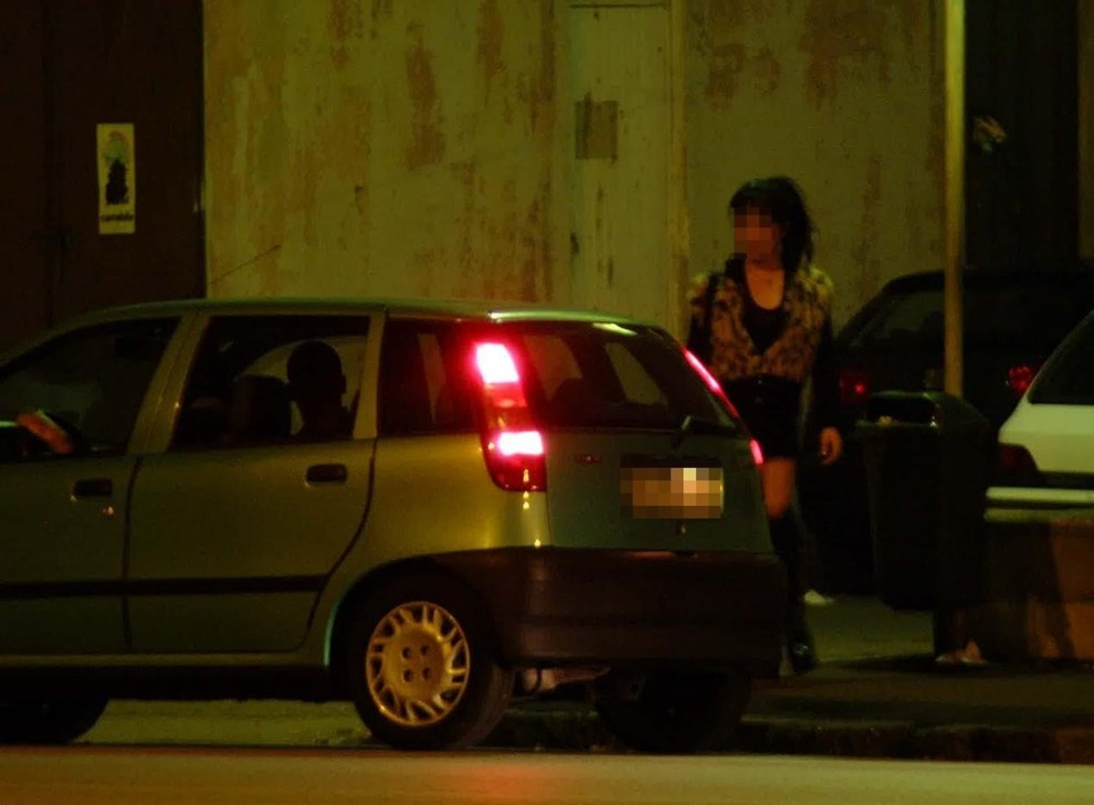 sesso con prostituta in auto donne viterbo