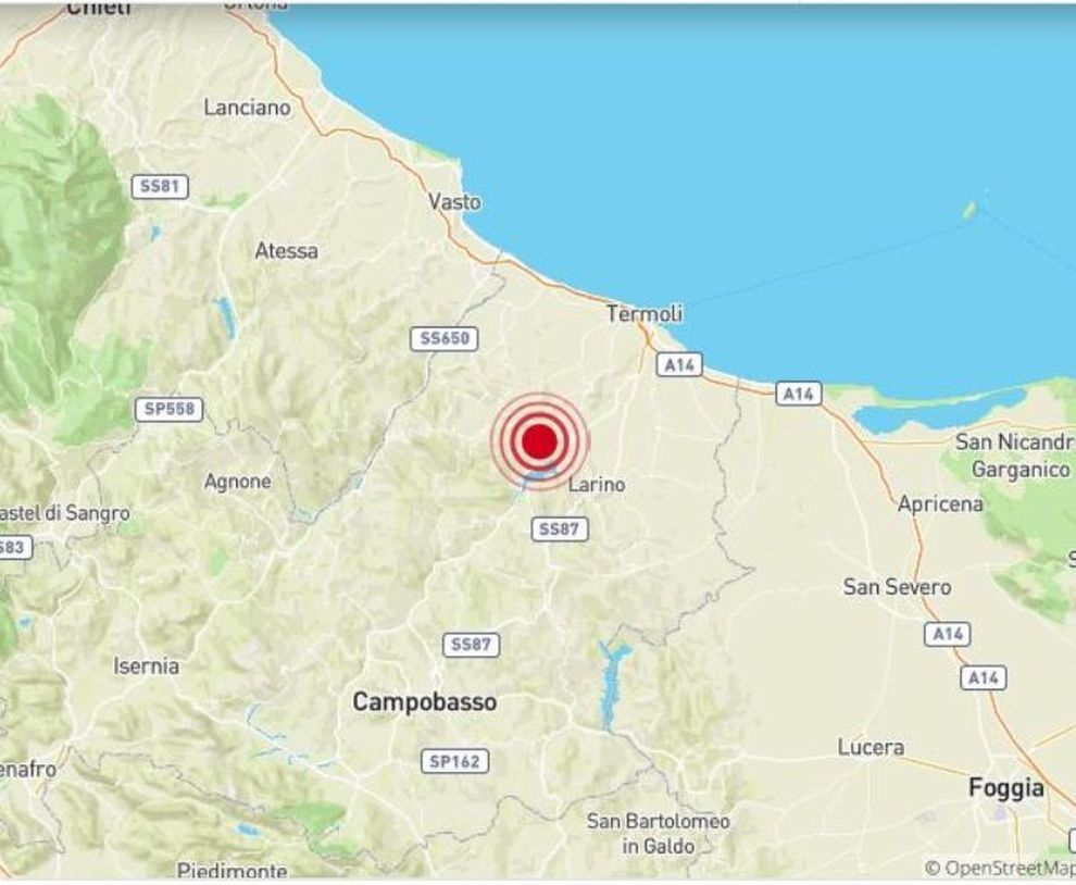 Earthquake of 4.7 in Molise, panic from Puglia to Naples ... on san giovanni rotondo italy map, acireale italy map, frascati italy map, europe italy map, sezze italy map, palena italy map, isernia map, calabria italy map, marche italy map, licata italy map, amalfi italy map, figline valdarno italy map, alcamo italy map, montecorice italy map, abruzzo italy map, l'aquila italy map, spinete italy map, baranello italy map, cuneo italy map, rionero sannitico italy map,