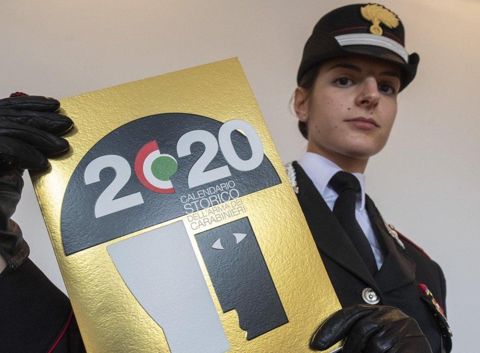 Calendario carabinieri 2020, Tofalo e Mennitti: «In prima linea