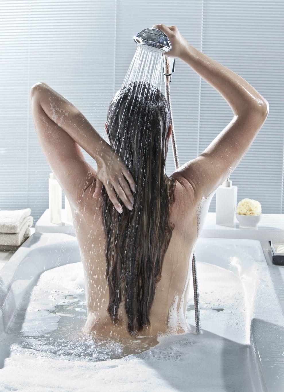 Adolescenti hanno sesso sotto la doccia