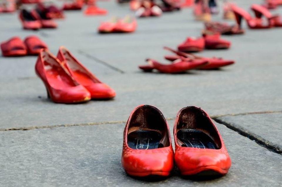 Amato Femminicidio, il 25 novembre la giornata contro la violenza sulle  MX07