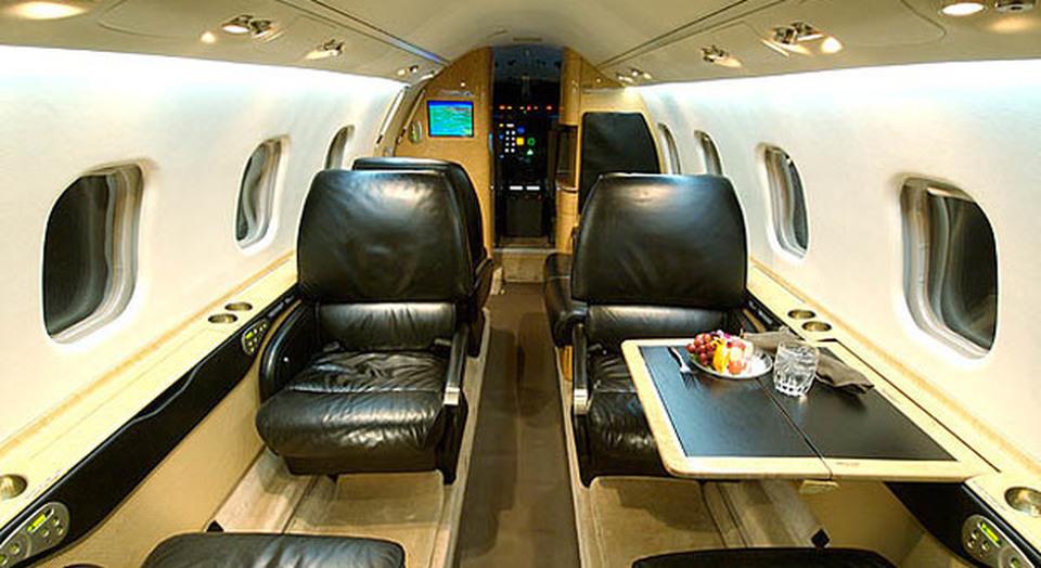 Jet Privato Cade : Vendesi jet privato a metà prezzo è il learjet di