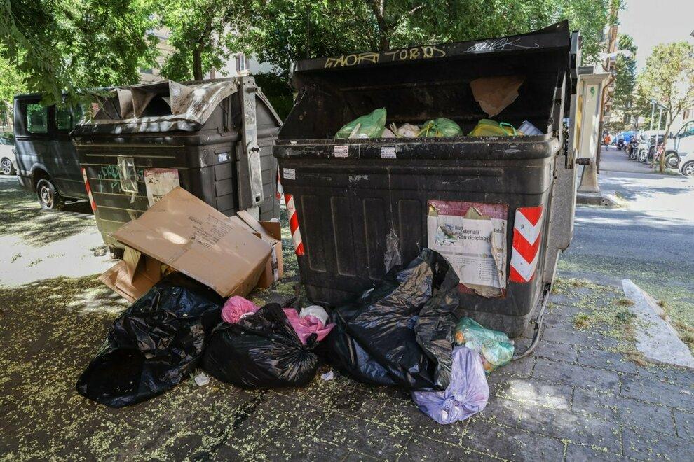 X Municipio, raccolta rifiuti, contro gli incivili servono pene più severe