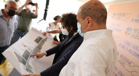 Il sindaco di Cerveteri Pascucci illustra il progetto per il lungomare al Governatore del Lazio Zingaretti