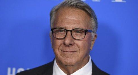 Molestie sessuali, nuovi guai per Dustin Hoffman: altre due donne lo accusano di abusi