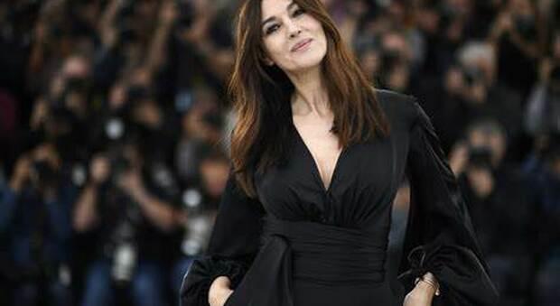 """Monica Bellucci, protagonista de """"La Befana vien di notte 2- Le origini"""" sul set di Todi e Orvieto"""