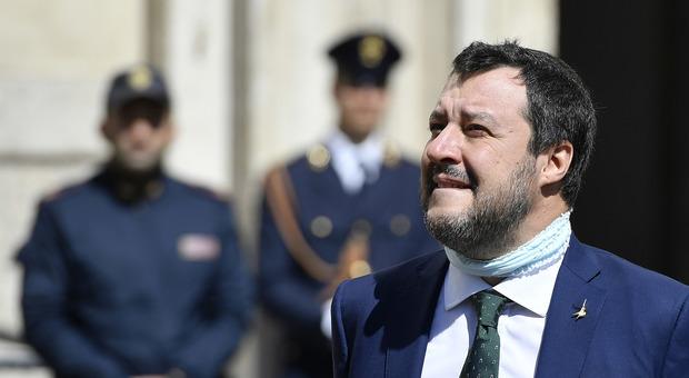 Coronavirus, l'ira dell'imam: «Chiese aperte a Pasqua? Salvini non fa politica, ma demagogia»