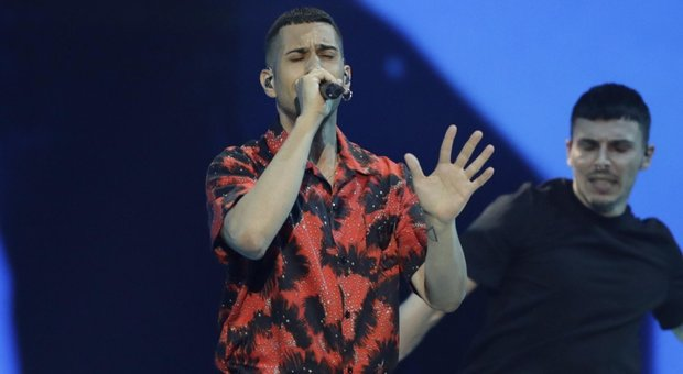 Eurovision, Mahmood e i gay: no al coming out. E scoppia la polemica