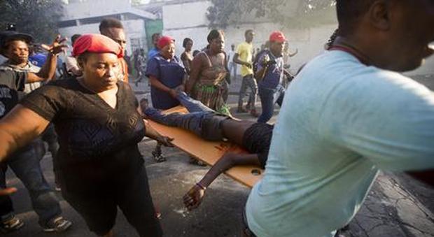 Haiti, sparatoria all'ambasciata americana: «Restate chiusi in casa»