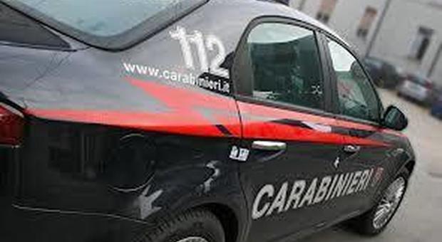 Uccide la moglie con il fucile e poi si suicida: tragedia in provincia di Parma