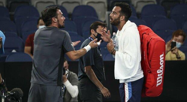 Australian Open, Fognini vince il derby con Caruso e va al terzo turno. Ok Berrettini