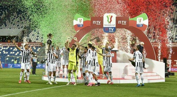 Atalanta-Juve 1-2: Kulusevski più Chiesa, Pirlo vince la Coppa Italia davanti ai tifosi. Brividi con Annalisa che canta Mameli