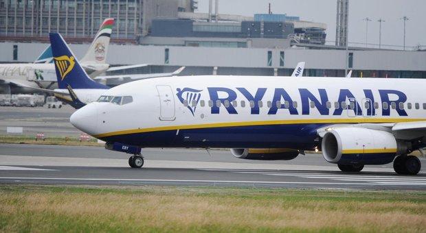 Coronavirus, la denuncia: «Ryanair non rimborsa i biglietti aerei già acquistati»
