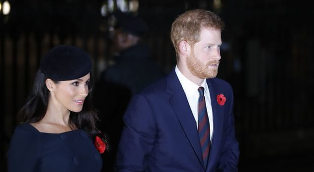 Sfida su foto Natale fra William e Harry