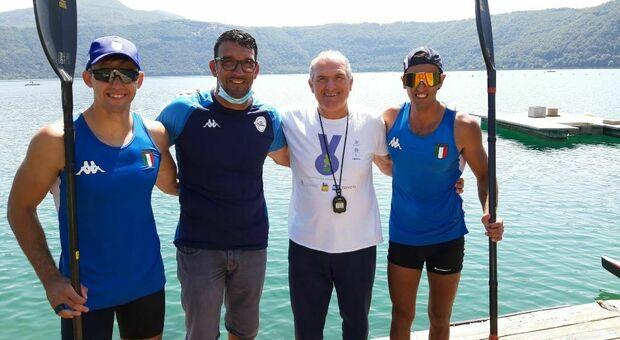 Il comandante del gruppo polisportivo Fiamme Gialle incontra i canoisti Burgo e Beccaro in partenza per le olimpiadi di Tokyo