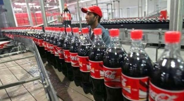 """Coca Cola lascia Catania e """"delocalizza"""" in Albania: 350 dipendenti a rischio, ecco cosa succede"""