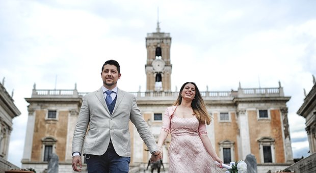 Coronavirus Roma: «Noi, sposi soli ma felici il virus non ci ha fermato»