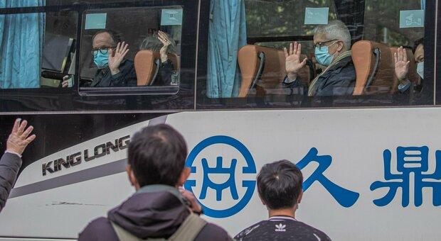 Covid, esperti Oms a Wuhan iniziano indagini sulle origini del virus: «Inchiesta chiara e solida». In Cina ancora nuovi casi