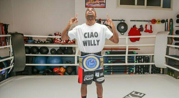 Boxe, il romano Mondongo nuovo campione dei pesi piuma: «Dedico la vittoria a Willy»