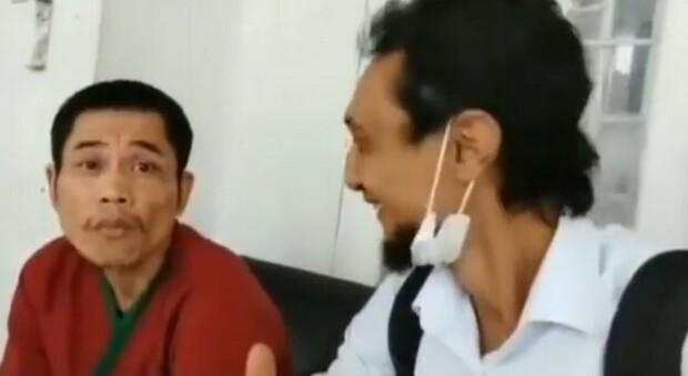 Ritrovato vivo il poliziotto indonesiano scomparso nello tsunami del 2004: era da 16 anni in un istituto