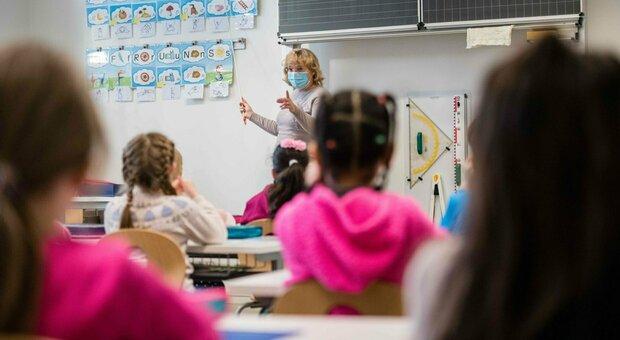 Scuola, variante inglese, i presidi: «Difficile pensare di tornare in classe al 100%»