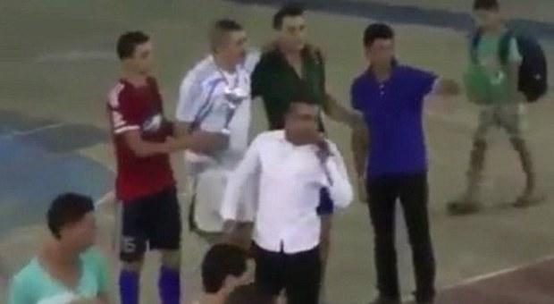 Marocco tragedia in diretta tv presentatore collassa e for Camera dei deputati diretta tv