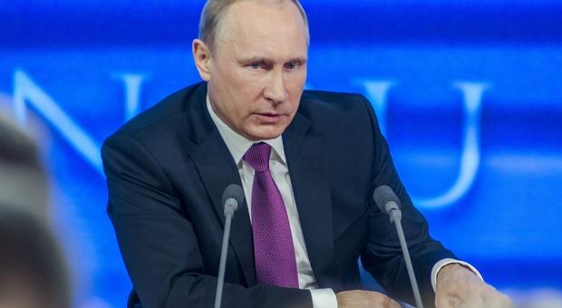 L'uomo più sexy della Russia? Non solo le donne puntano su Vladimir Putin