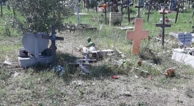 Finte cremazioni al cimitero di Prima Porta: indagati 15 dipendenti Ama