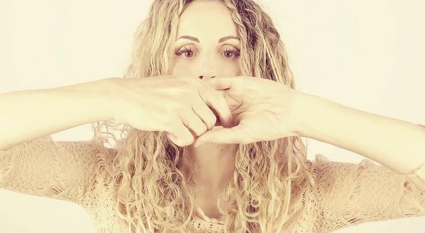 """Sista debutta in italiano con il suo ultimo singolo """"Sospesi , in radio dal 29 gennaio"""