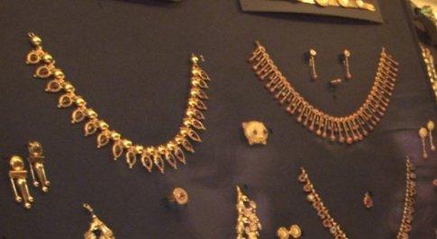 Sei anni fa il furto da oltre 3 milioni di euro: i gioielli Castellani (ritrovati) tornano a Villa Giulia