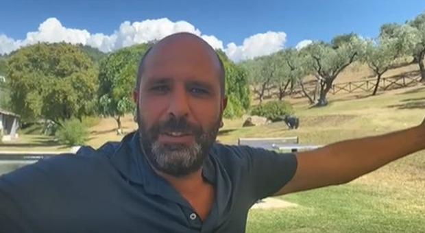 Cinema America, il videomessaggio di Checco Zalone: «Fate i bravi con la mascherina»