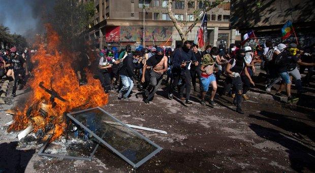 Le proteste a Santiago
