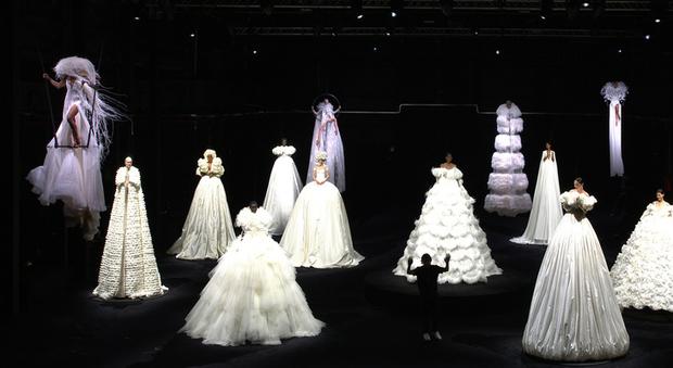 Valentino, l'alta moda a Cinecittà: «Roma al centro, i nuovi sogni ripartono da Roma»