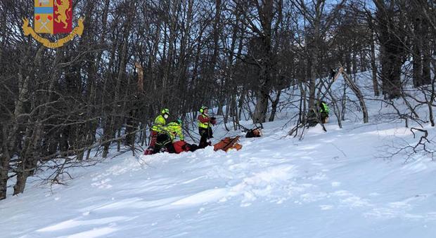 Escursionista scivola sul ghiaccio al Terminillo, soccorso e trasportato al de Lellis