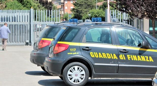 Torino, dipendenti pubblici con il doppio lavoro: scoperti guadagni illeciti per oltre 1milione