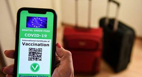 Covid, non c'è solo il Green Pass per viaggiare in Ue: cos'è il PLF e a cosa serve