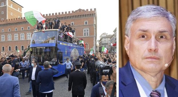 Feste per gli Europei, il virologo Silvestri: «Italia gabbia di matti, prudenza ma non terrore»