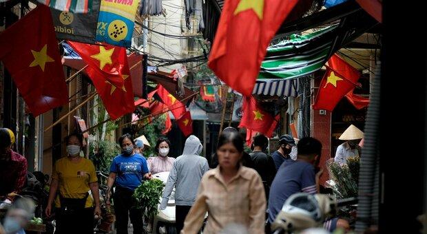 Nuova variante Covid in Vietnam: mix tra quella indiana e quella inglese. «È più contagiosa»
