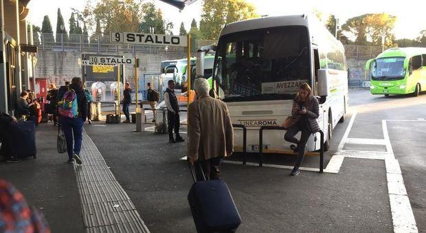 """Trasportava droga nel trolley, arrestato """"corriere"""" alla stazione Tiburtina"""